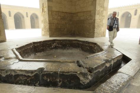 IMG_1025-El Cairo-Fuente-M-Ibn Tulun - copia